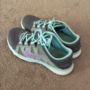 Nike Womens shoes. Size 11